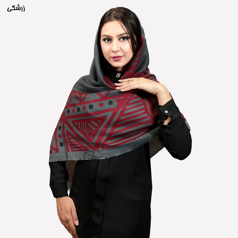 روسری نخی طرح اشکال هندسی