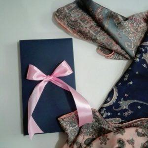 جعبه شال و روسری